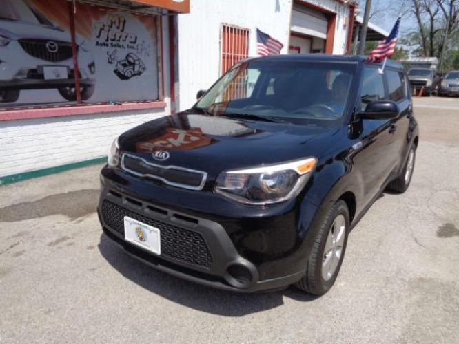 2016 BLACK Kia Soul Base 6A (KNDJN2A21G7) with an 1.6L L4 DOHC 16V engine, 6-Speed Automatic transmission, located at 7935 Gulf Freeway, Houston, 77017, (832) 266-1645, 29.684393, -95.275665 - Photo #0