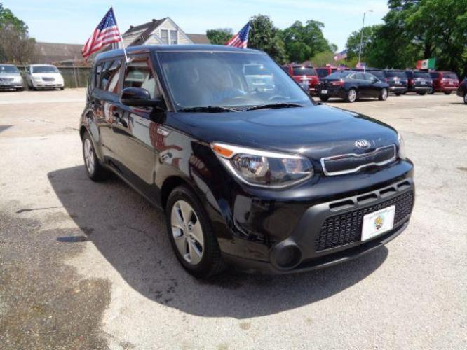 2016 BLACK Kia Soul Base 6A (KNDJN2A21G7) with an 1.6L L4 DOHC 16V engine, 6-Speed Automatic transmission, located at 7935 Gulf Freeway, Houston, 77017, (832) 266-1645, 29.684393, -95.275665 - Photo #3
